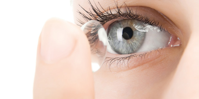 How To Keep Contact Lenses Clean?