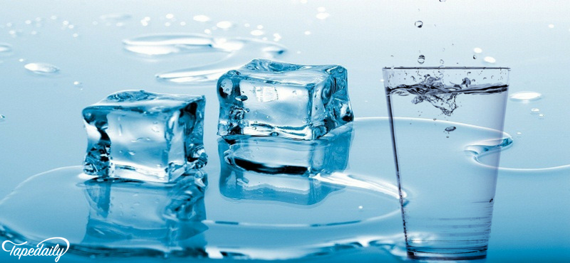 ice cubes in drink