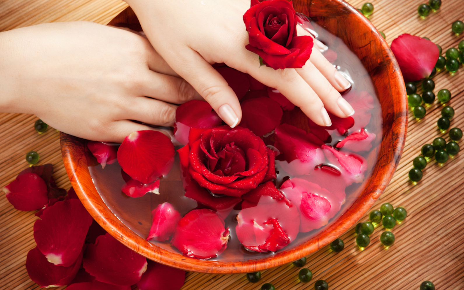 Benefits And Side Effects Of Drinking Rose Water