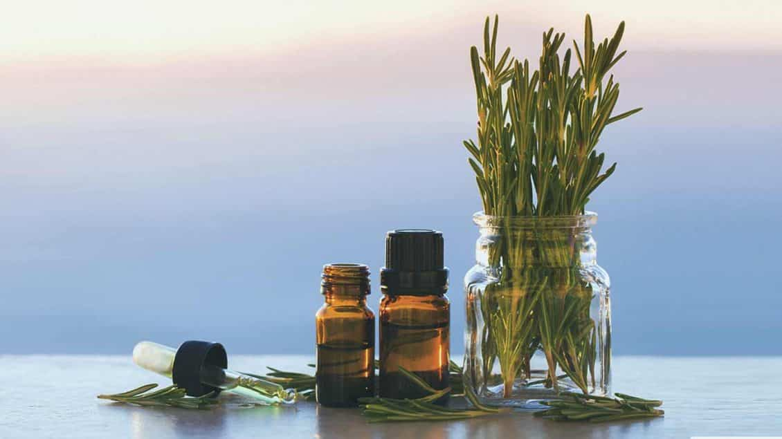 Essential oil for varicose veins