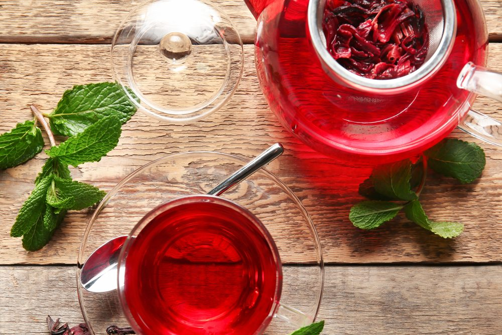 How To Make Hibiscus Tea? Health Benefits & Side Effects of Hibiscus Tea