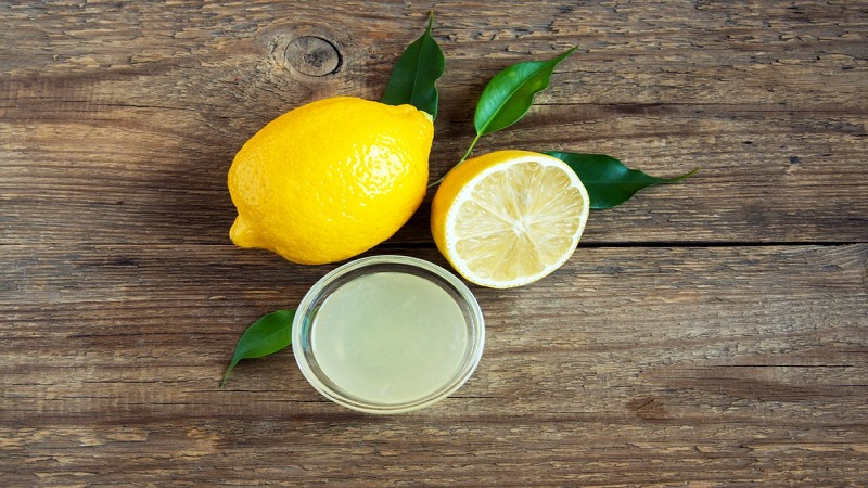 Lemon Juice, Lavender Oil And Vanilla