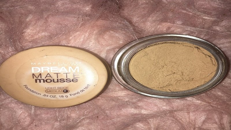 Maybelline Dream Matte Mousse best Foundation for dry skin