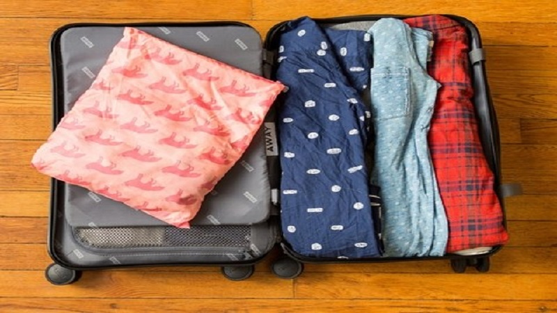 The Paper And Plastic Method - how to pack a suit